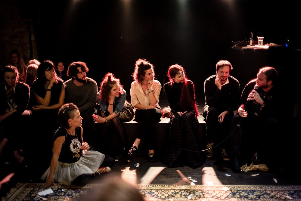 (PLAY)ing   discussion   photo: © Dirk Mevis